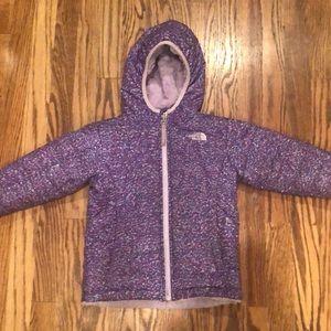 Girls north face purple jacket used good shape 4-5